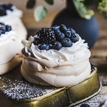 Kokosové mini Pavlovovej tortičky